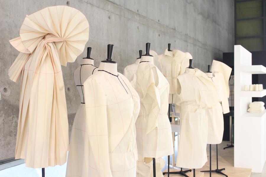 modemuseum-white